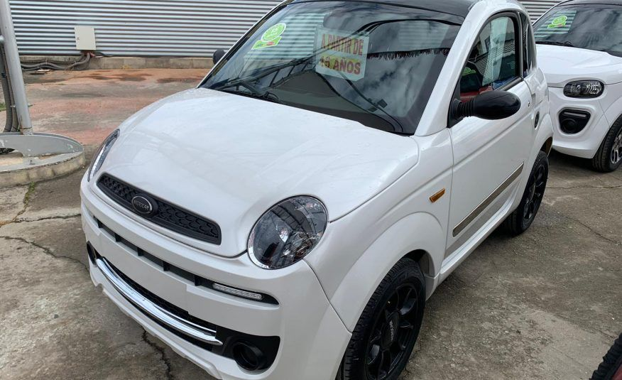 MICROCAR DUE YOUNG
